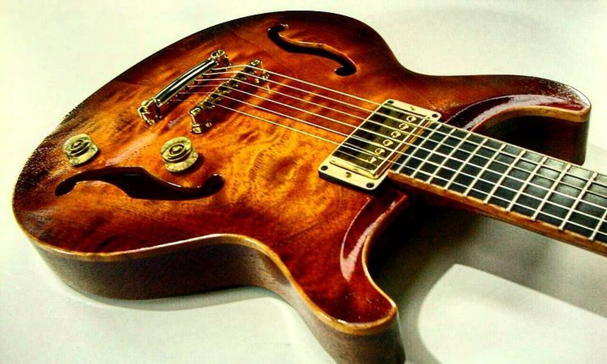 Cast Custom Guitars